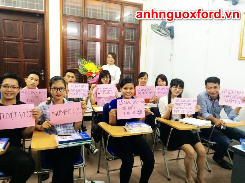 Lớp học giao tiếp tiếng Anh tại trung tâm ngoại ngữ Hà Nội